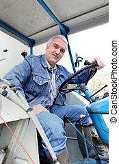 człowiek, traktor, posiedzenie