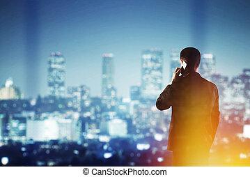 człowiek, z, cellphone