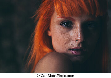 czerwony włos, dziewczyna, portret