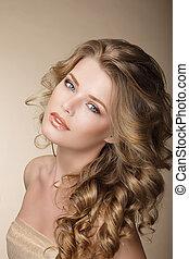 czysty, beauty., znakomity, kobieta, z, doskonały, kędzierzawy, ash-colored, włosy