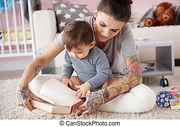 czytanie książka, macierz, jej, syn