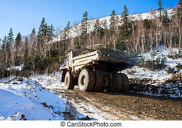 décharge, minerai, camion