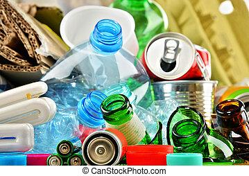 déchets, métal, recyclable, papier, verre, plastique, ...