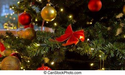 décoré, artificiel, arbre noël, maison, vert