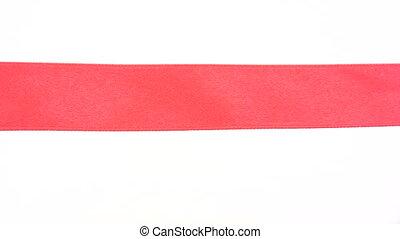 découpage, ruban rouge