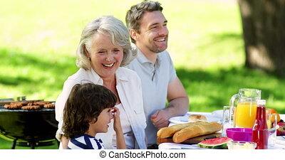 déjeuner, prolongé, parc, avoir, famille