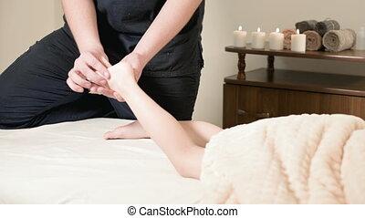 délassant, lit, enfant, pied, masseur, masage, guérison, kinésithérapeute, mensonge, petit, mâle