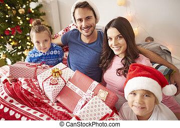 dépenser, heureux, lit, noël famille