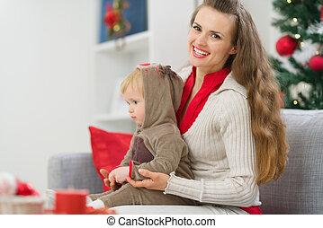 dépenser, mère, ensemble, temps, bébé, noël