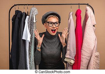 dépenser, temps, centre commercial, weekends., choquant, prix, gai, impressionnant, girl