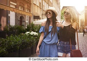 dépenser, ville, amis, deux, après-midi