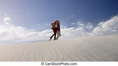 désert, 4k, marche, couple