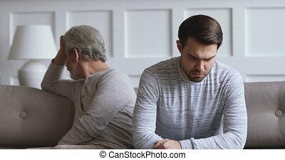 désordre, conflit, développé, sentir, fâché, plus vieux,...