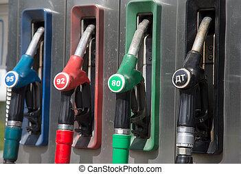 détail, de, a, pompe essence, dans, a, essence, station.