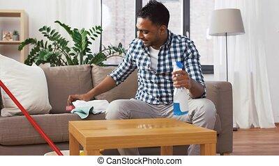 détergent, indien, nettoyage, maison, table, homme