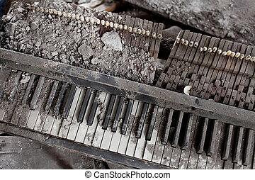 détruit, piano, explosion