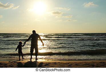 dívaní, otec, syn, moře