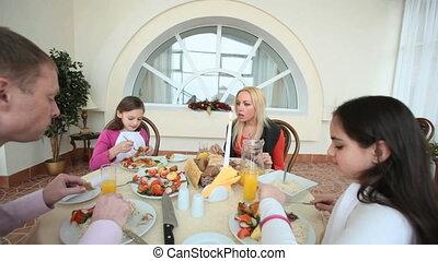 dîner, ensemble, fête