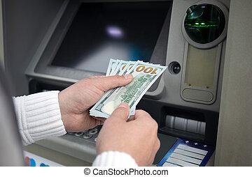 dólares, macho, asimiento, atm, recibido, dinero, manos