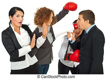 dühös, menedzser, ember, és, dolgozók