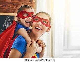 děvče, a, maminka, do, superhero, kostým