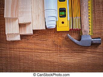 dřevěný, cihlový, a, měřič, blueprints, pravítko, kladívko, konstrukce, lev
