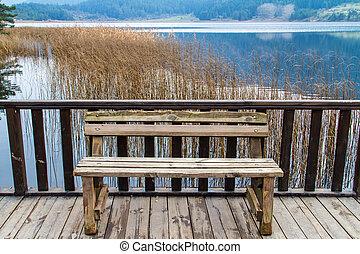 dřevěný, jezero, lavice