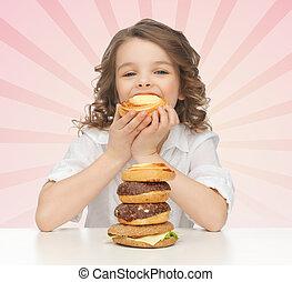 dżonka, jedzenie jadło, mała dziewczyna, szczęśliwy