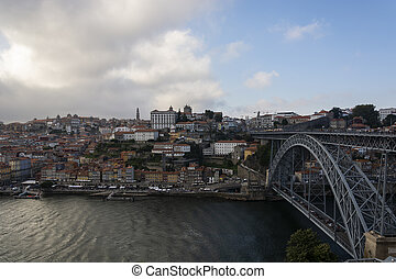 d., ville, vieux, bâtiments., coloré, porto, sky., nuageux, luis, liez affichage