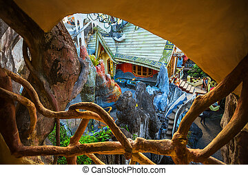 DA LAT, VIETNAM - NOV 26: Hang Nga guesthouse, popularly known as the Crazy House on Nov 26, 2014, in Dalat, Vietnam. It is designed and constructed by Vietnamese woman architect Dang Viet Nga