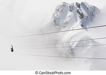 Dachstein protrudes from the fog - Dachstein erhebt sich...