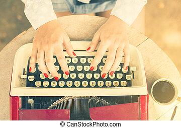 dactylographie, café, femme, machine écrire, tasse