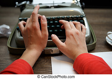 dactylographie, femme, vieux, machine écrire