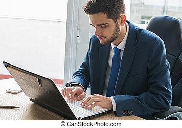 dactylographie, homme affaires, informatique