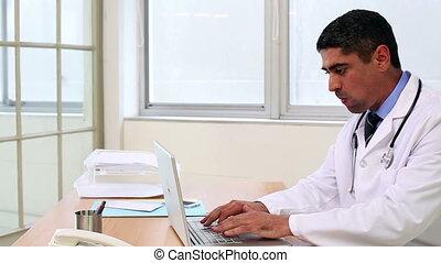 dactylographie, ordinateur portable, séance, bureau, docteur