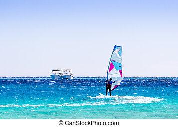 dahab, egypte, bateaux, deux, contre, surfeur, mer rouge, promenades, toile de fond