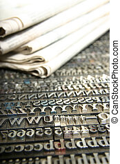 daily newspaper and movable type