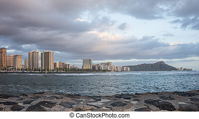 Daimond Head & Waikiki Beach