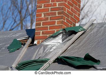 dak, closeup, beschadigen, schoorsteen
