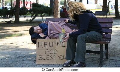 dakloos, moeder en zoon