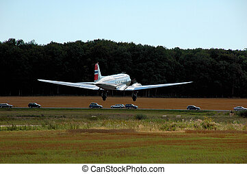 Dakota DC-3 with Norwegian flag