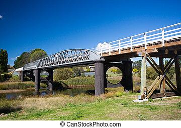 Dalgety Bridge over Snowy River