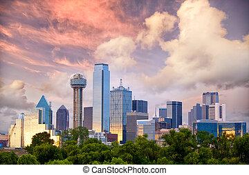 Dallas at sunset - Dallas City skyline at sunset, Texas, USA