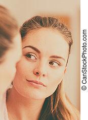 dall'aspetto, bagno, donna, giovane, specchio