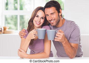 dall'aspetto, caffè, macchina fotografica, coppia