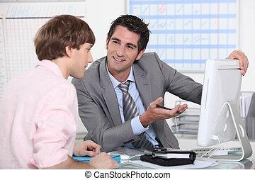 dall'aspetto, colleghi, computer
