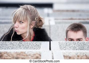 dall'aspetto, coppia, giovane, fuori