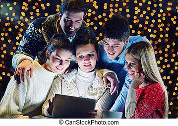 dall'aspetto, felice, computer, tavoletta, persone