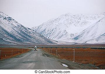 dalton highway in alaska at north slope