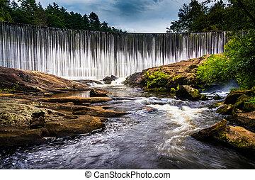 Dam at Lake Sequoyah and the Cullasaja River, Highlands,...